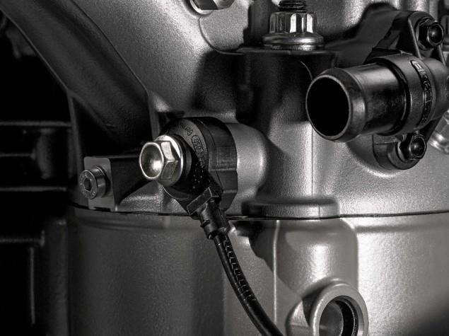 2015-Ducati-Multistrada-1200-Testastretta-DVT-08