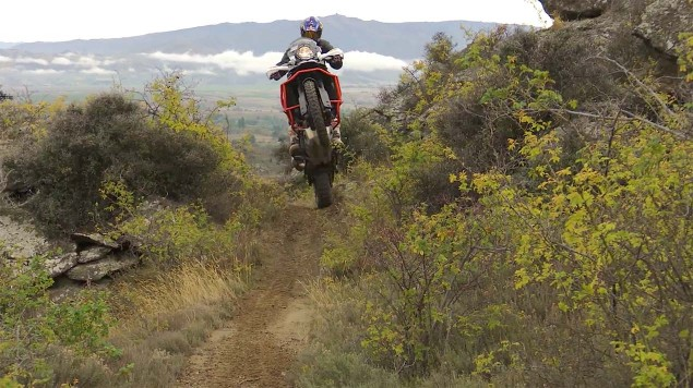 Chris-Birch-KTM-1190-Adventure-off-road-08