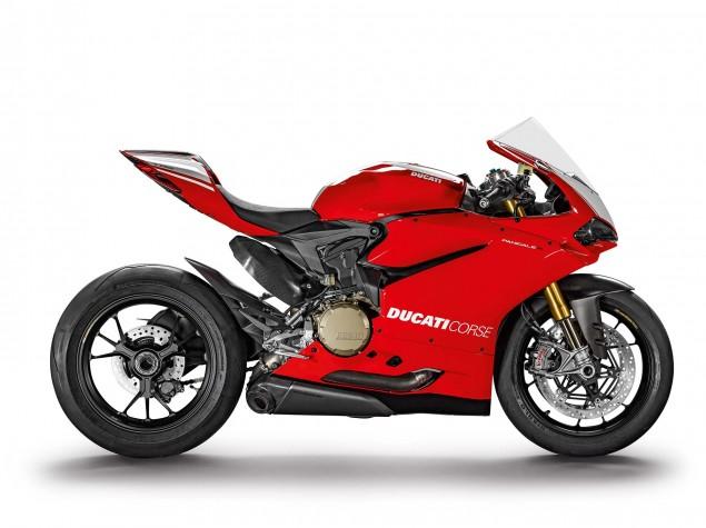 2015-Ducati-Panigale-R-42