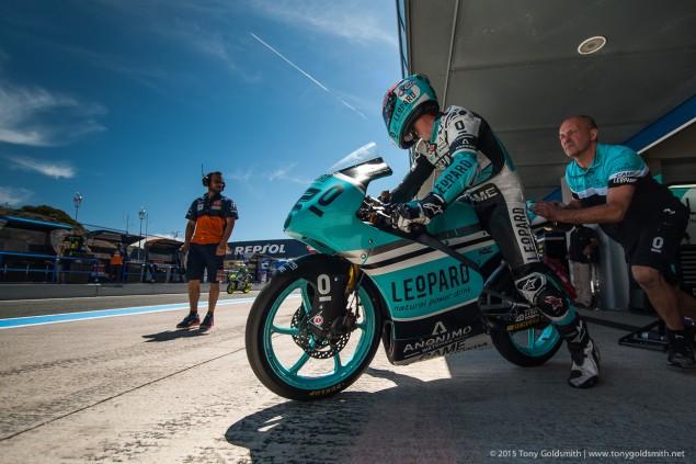 Trackside-Tuesday-Danny-Kent-Jerez-MotoGP-Grand-Prix-of-Spain-Tony-Goldsmith-1045