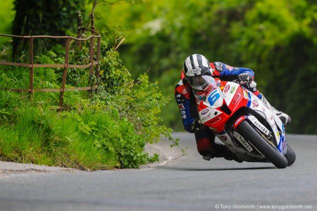 Trackside-Tuesday-Michael-Dunlop-TT-2013-13