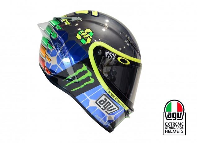 Valentino-Rossi-Mugello-AGV-Helmet-2015-03