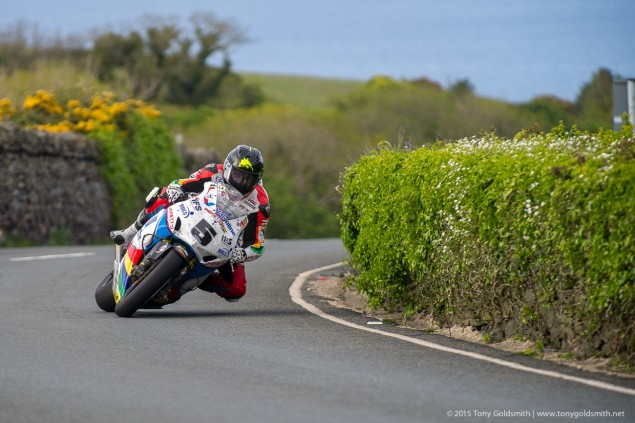 Thursday-Practice-Isle-of-Man-TT-Tony-Goldsmith-898