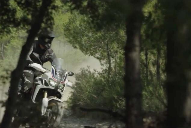 2016-Honda-CRF1000L-Africa-Twin-video-leak-18