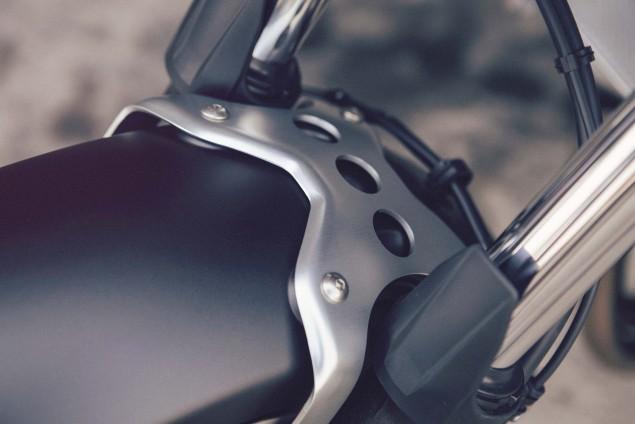 2016-Yamaha-XSR700-Details-13