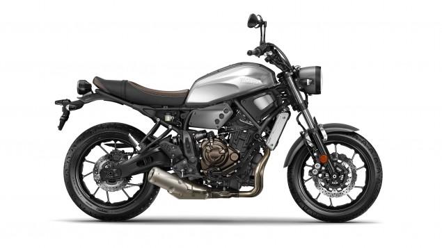 2016-Yamaha-XSR700-Studio-04