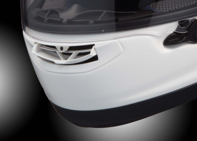 Arai-Corsair-X-helmet-review-10