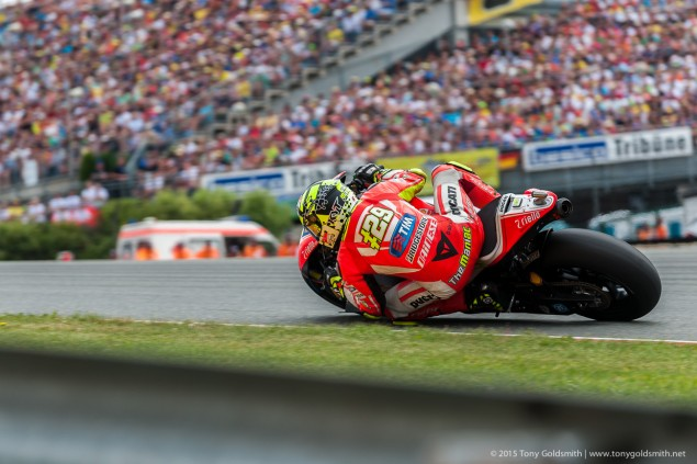 Sunday-Sachsenring-German-Grand-Prix-MotoGP-2015-Tony-Goldsmith-2006