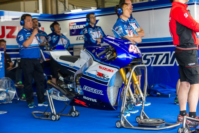 Team-Suzuki-Ecstar-Sachsenring-German-Grand-Prix-MotoGP-2015-Tony-Goldsmith-475