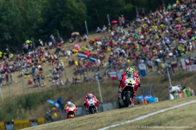 Sunday-Brno-Czech-Grand-Prix-MotoGP-2015-Tony-Goldsmith-2038