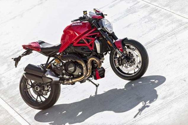 2016-Ducati-Monster-1200-R-still-27