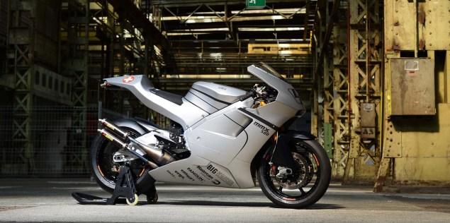 Suter-MMX-500-two-stroke-gp-race-bike-03
