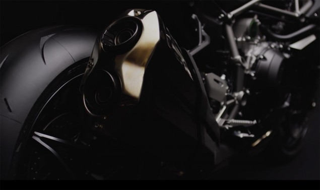 2016-Kawasaki-Ninja-H2-black-08