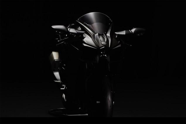 2016-Kawasaki-Ninja-H2-black-12