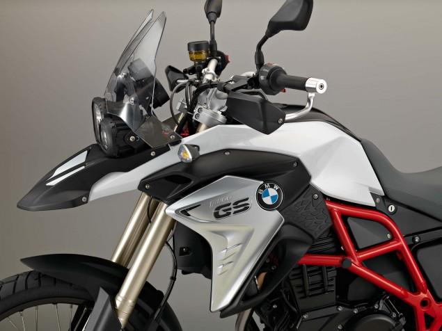 2016-BMW-F800GS-20