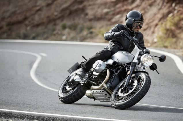 2016-BMW-R-nineT-Scrambler-15