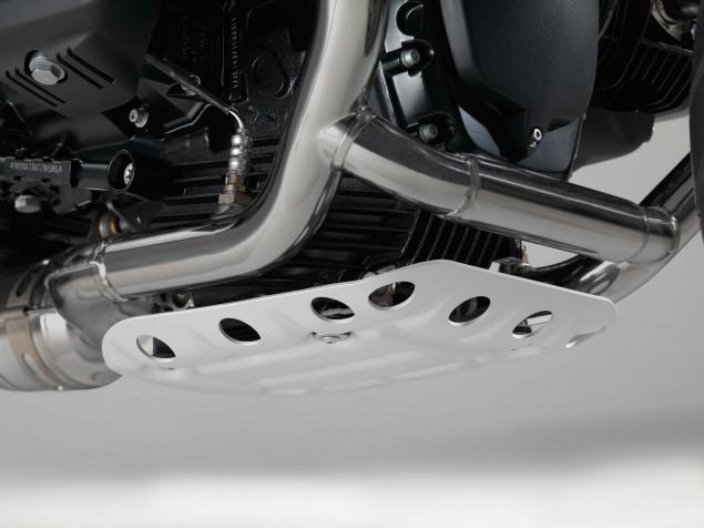 2016-BMW-R-nineT-Scrambler-details-08
