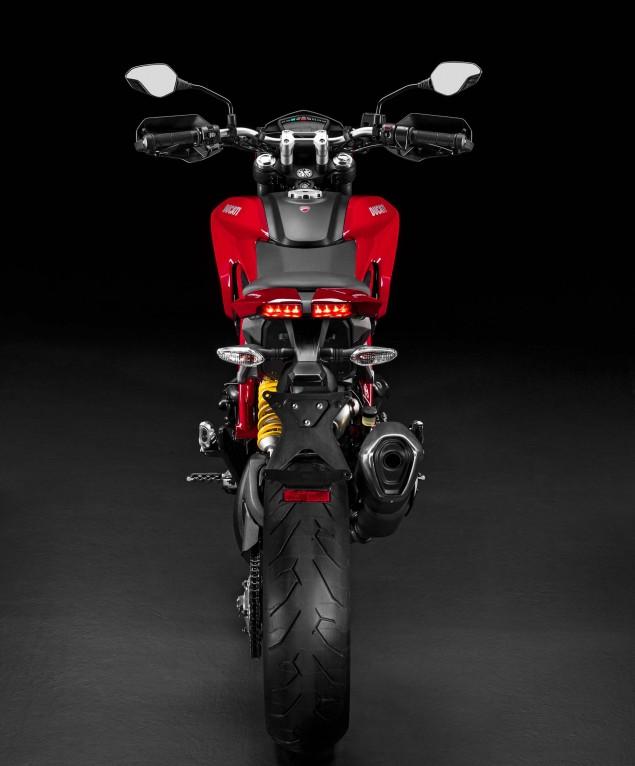 2016-Ducati-Hypermotard-939-07