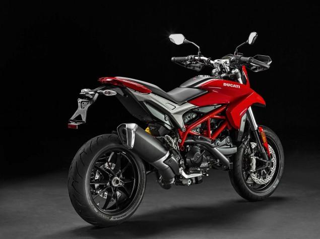 2016-Ducati-Hypermotard-939-11