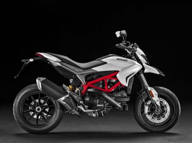 2016-Ducati-Hypermotard-939-14