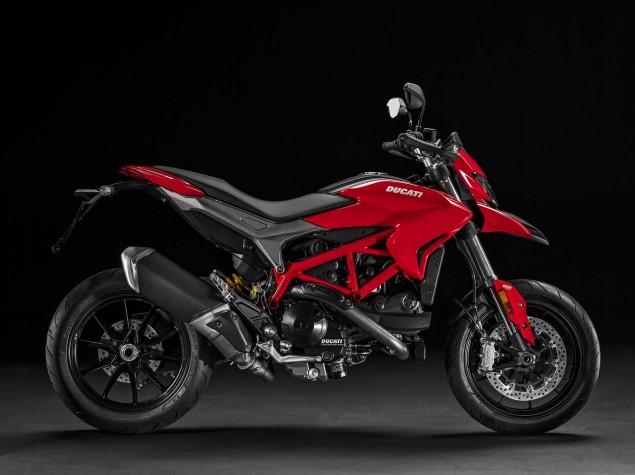 2016-Ducati-Hypermotard-939-15