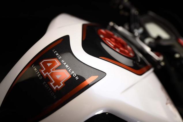 2016-MV-Agusta-Dragster-RR-Lewis-Hamilton-27