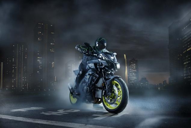 2016-Yamaha-MT-10-static-02