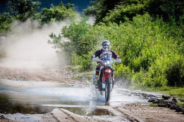 2016-Dakar-Rally-Stage-13-HRC-27