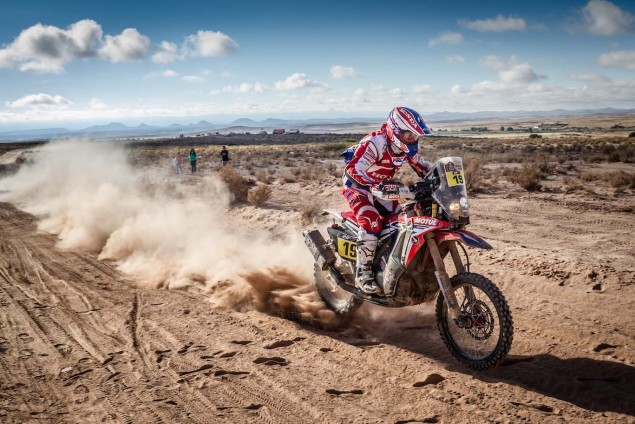 2016-Dakar-Rally-Stage-5-HRC-14