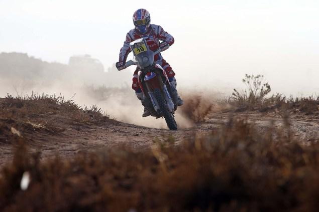2016-Dakar-Rally-Stage-7-HRC-06