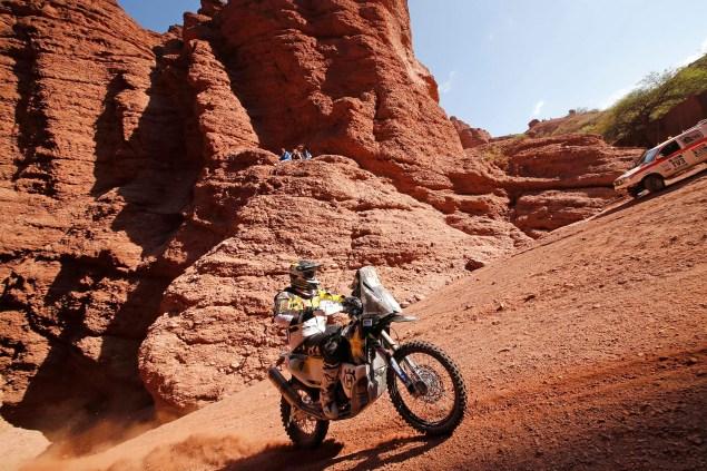 2016-Dakar-Rally-Stage-8-Husqvarna-01