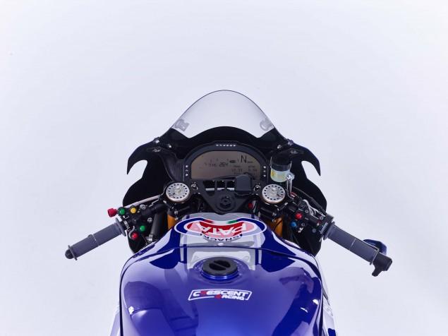2016-Yamaha-YZF-R1-World-Superbike-41