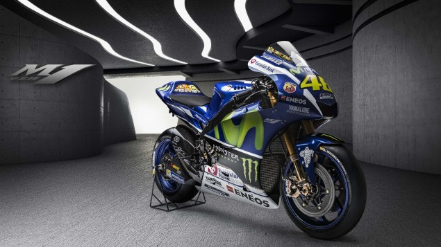 2016-Yamaha-YZR-M1-02