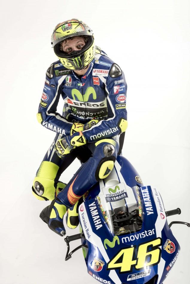 2016-Yamaha-YZR-M1-Valentino-Rossi-17