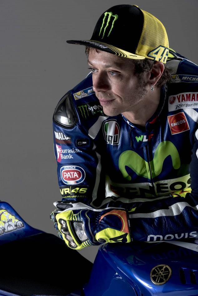 2016-Yamaha-YZR-M1-Valentino-Rossi-59