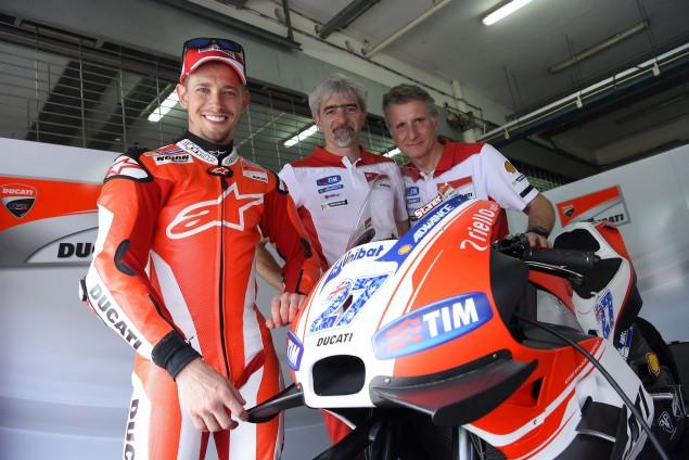 Casey-Stoner-Ducati-Corse-Sepang-Test-Ducati-Desmosedici-GP15-03