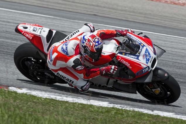 Casey-Stoner-Ducati-Corse-Sepang-Test-Ducati-Desmosedici-GP15-06