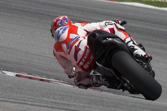 Casey-Stoner-Ducati-Corse-Sepang-Test-Ducati-Desmosedici-GP15-07