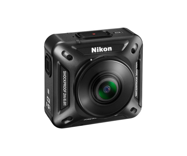 Nikon-KeyMission-360-video-camera-03