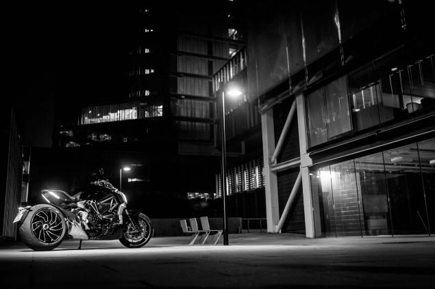 Ducati-XDiavel-S-San-Diego-studio-action-04