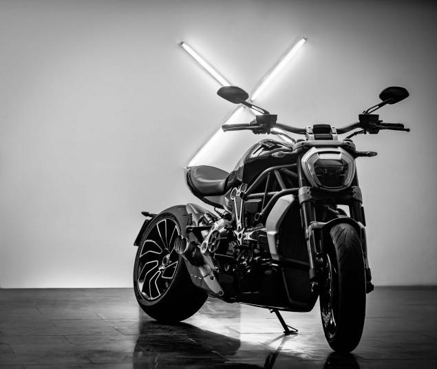 Ducati-XDiavel-S-San-Diego-studio-action-10