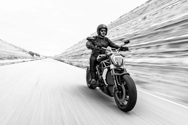 Ducati-XDiavel-S-San-Diego-studio-action-14