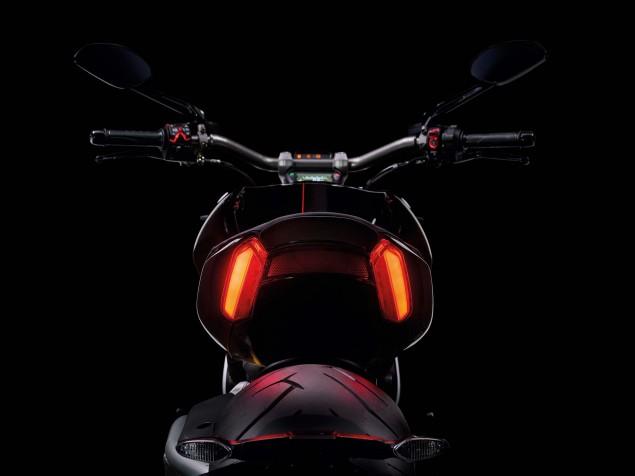 Ducati-XDiavel-S-San-Diego-studio-action-35