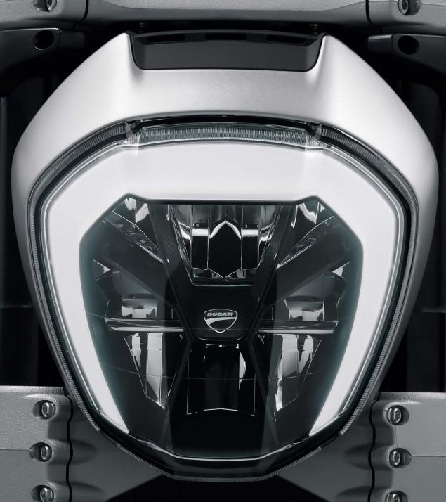 Ducati-XDiavel-S-San-Diego-studio-action-48