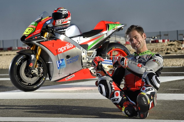 2016-Aprilia-MotoGP-team-Alvaro-Bautista-04