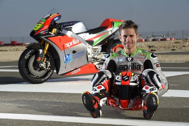 2016-Aprilia-MotoGP-team-Alvaro-Bautista-05