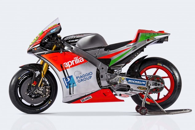 2016-Aprilia-RS-GP-MotoGP-04