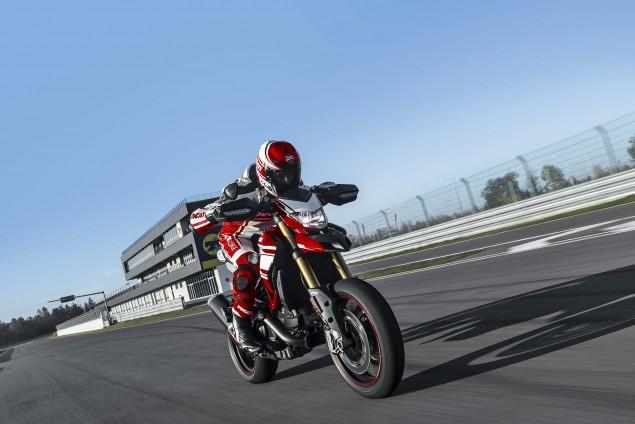2016-Ducati-Hypermotard-939-SP-11
