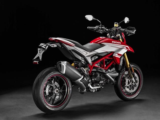 2016-Ducati-Hypermotard-939-SP-20