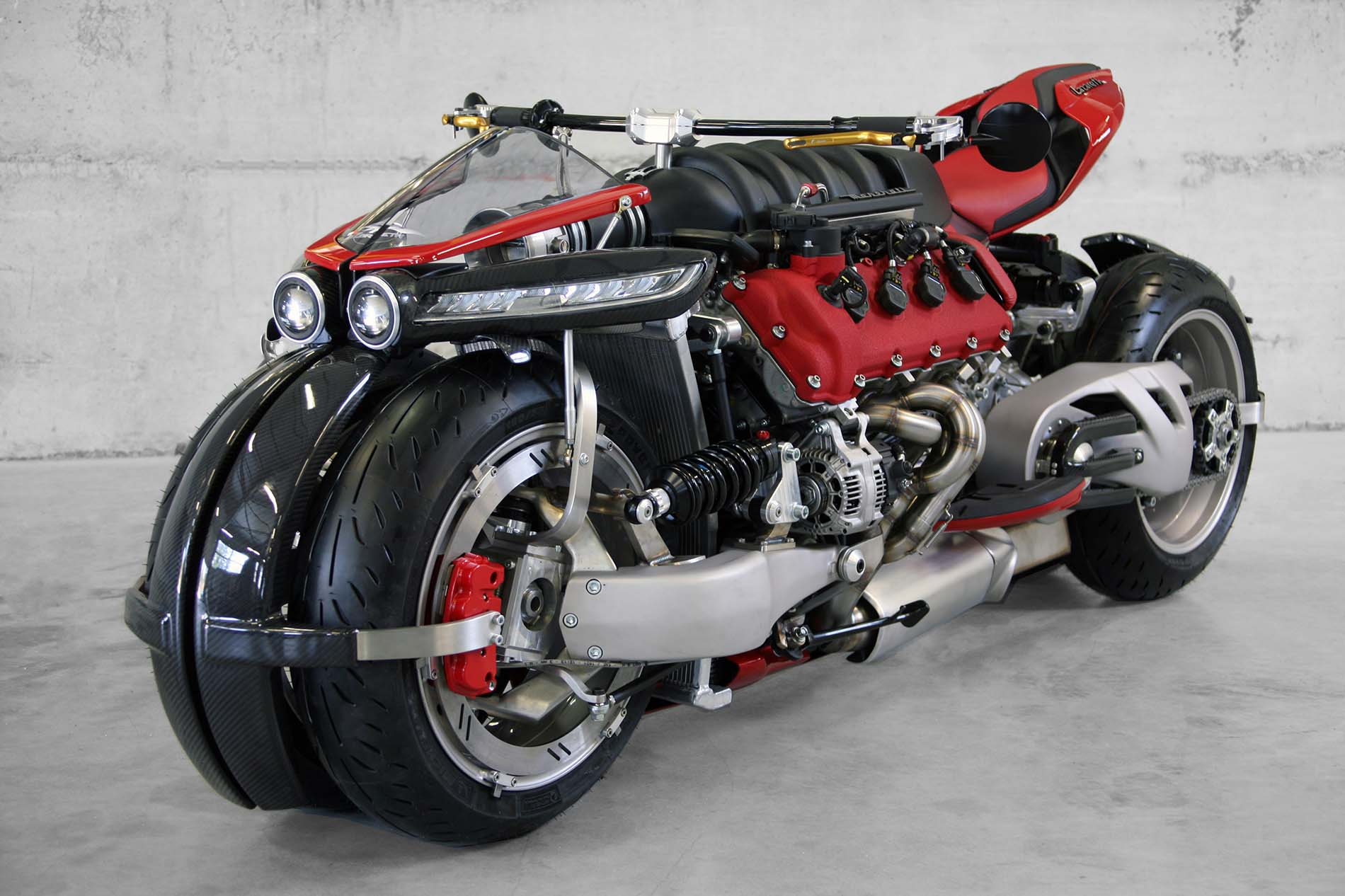 Lazareth LM 847 – A Maserati-Powered Leaning Quad